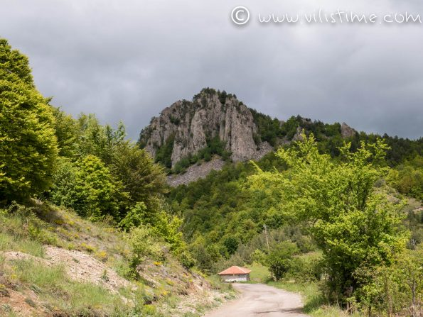 Около село Мостово