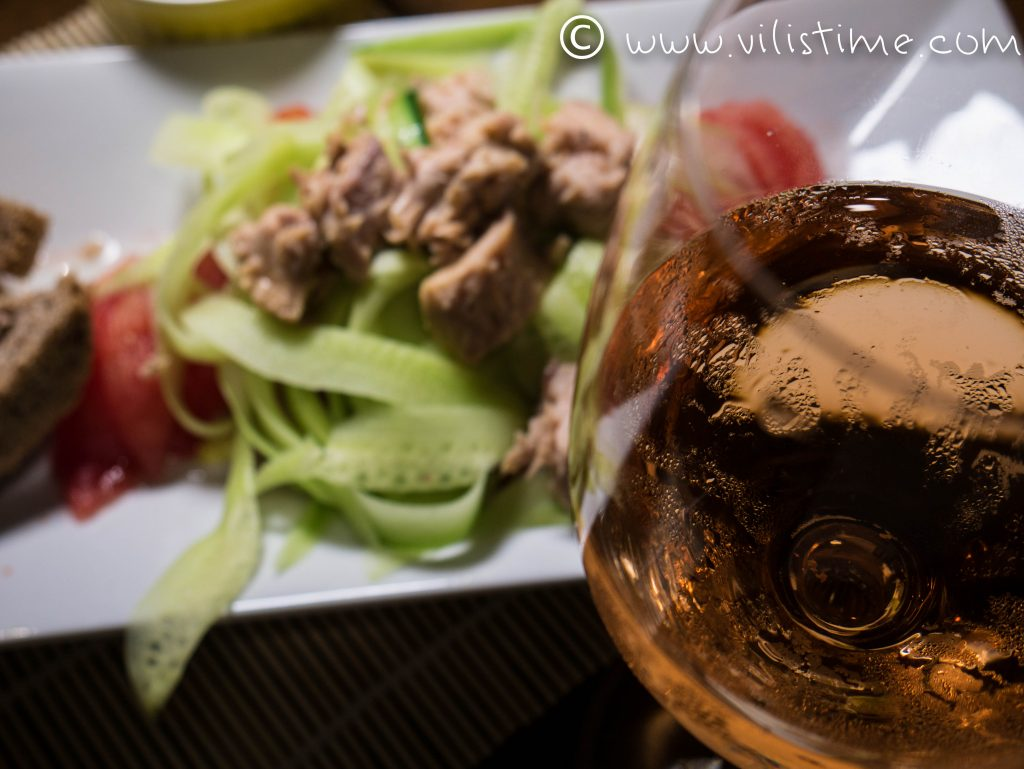 Бърза лятна салата с риба тон