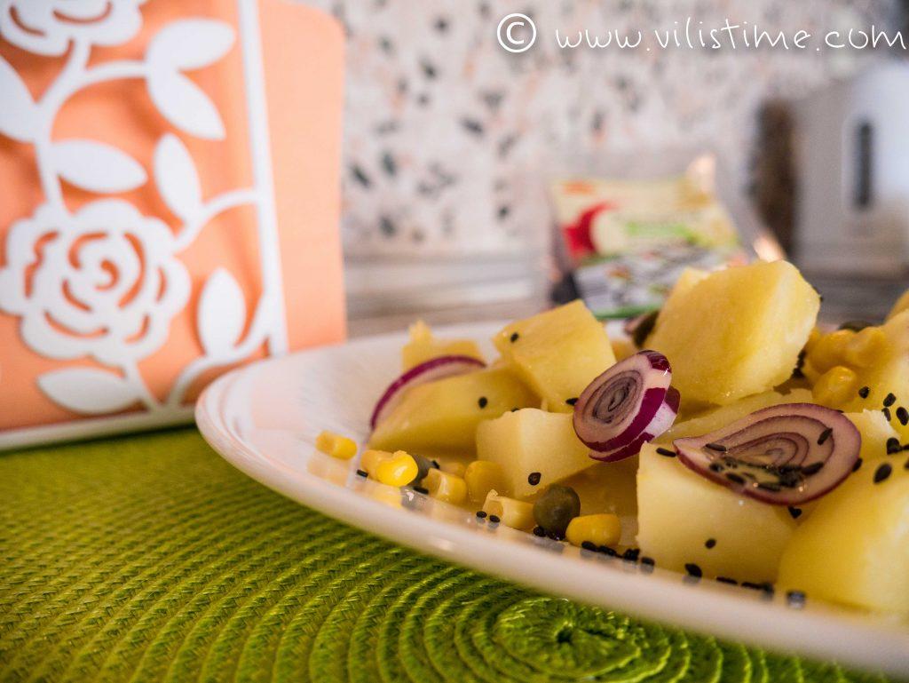 Картофена салата с каперси и сусам