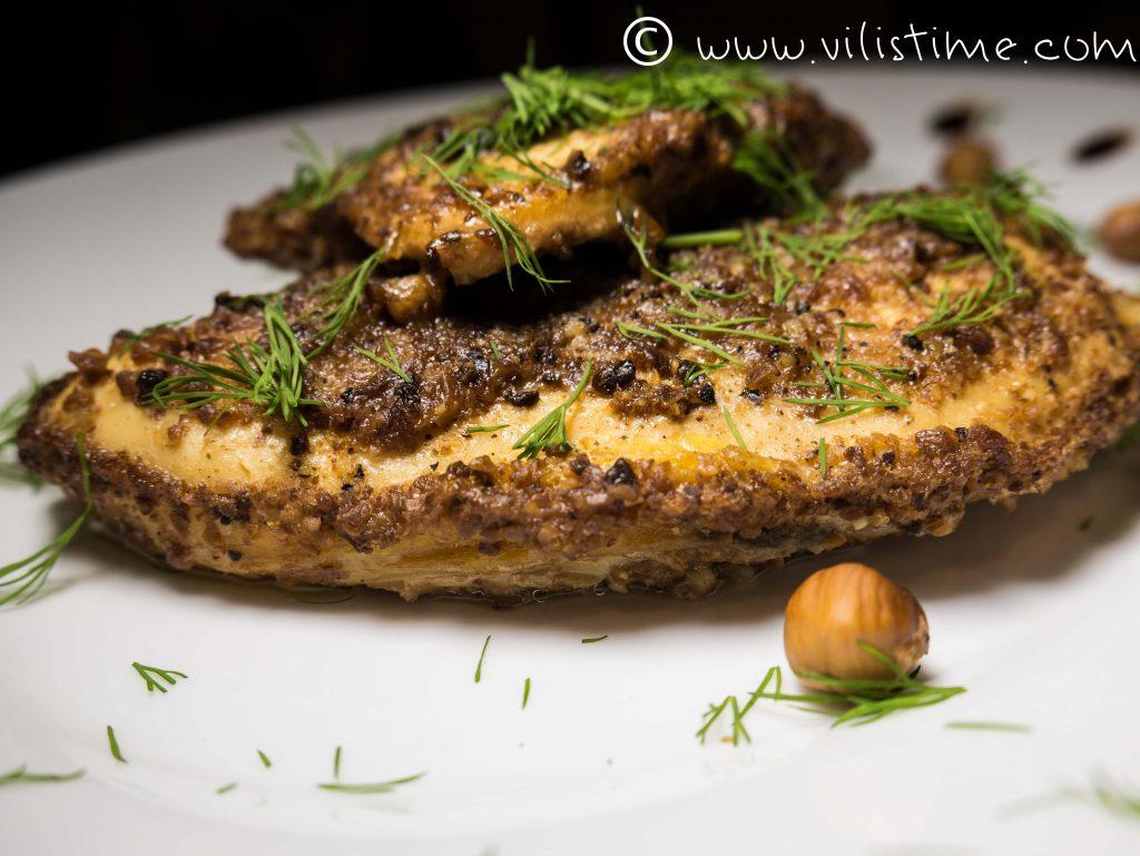 Вкусни пилешки филенца с лешникова коричка на фурна