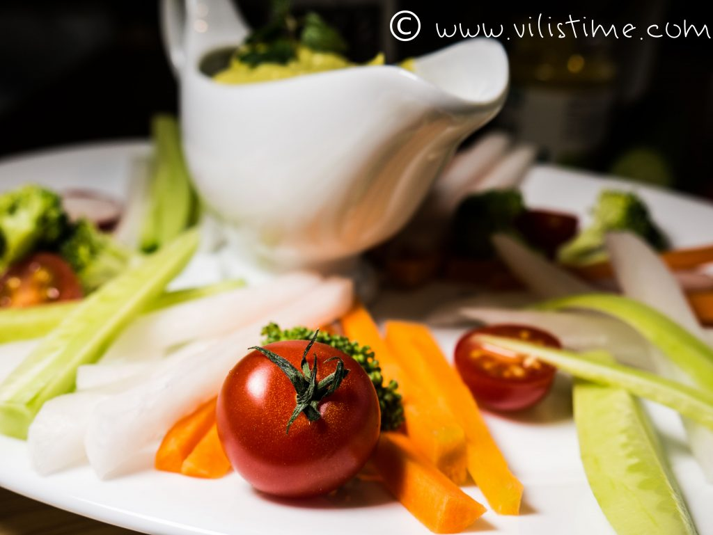 Майонеза от авокадо и портокалова горчица