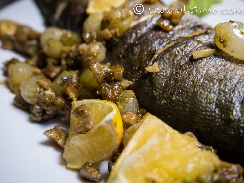 Печена риба за Никулден с пюре от грах