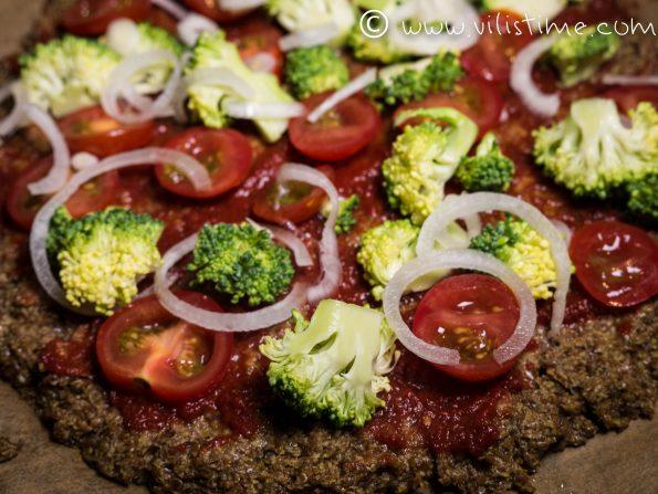 ПБезглутенова пица с блат от натрошено ленено семе