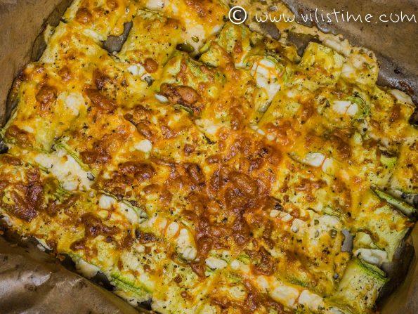 Ролца от тиквички с крема сирене, сметана и чедър