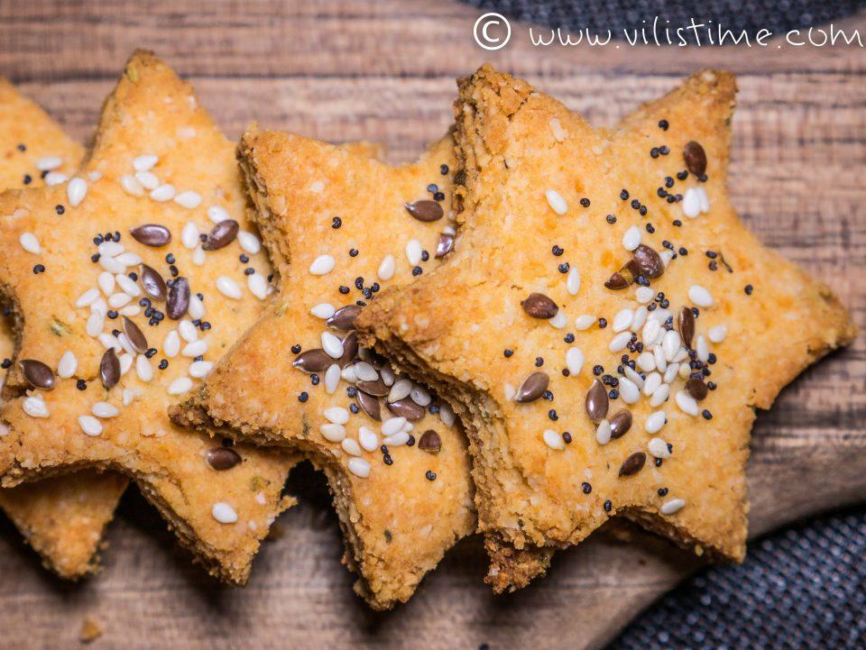 Ароматни безглутенови бисквитки с розмарин и чедър