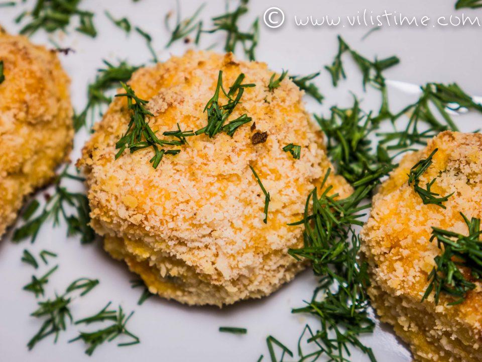 Кюфтаци от сладки картофи, сирене чедър и пресен лук