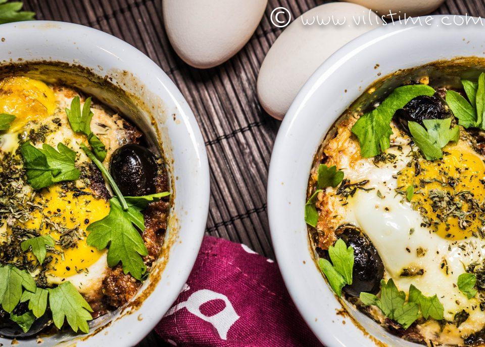 Запеканки с яйца, печени чушки и сирене
