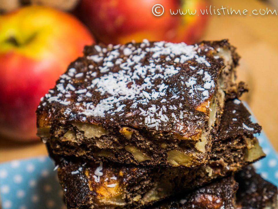 Безглутенов ябълков сладкиш с орехи и ванилия