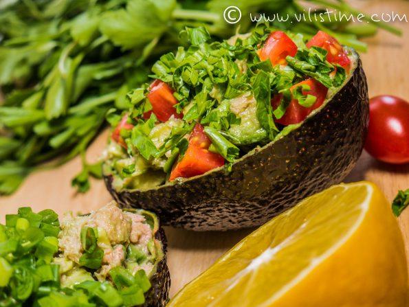 Салата от авокадо, риба тон и много лимон