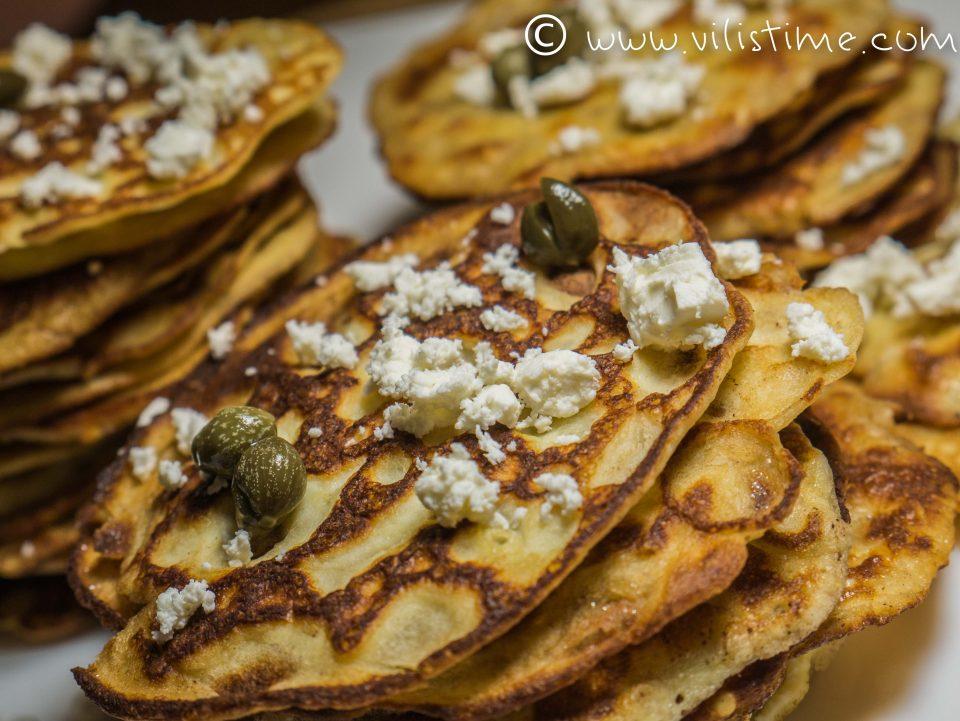 Палачинки без грам брашно с крема сирене и сусам