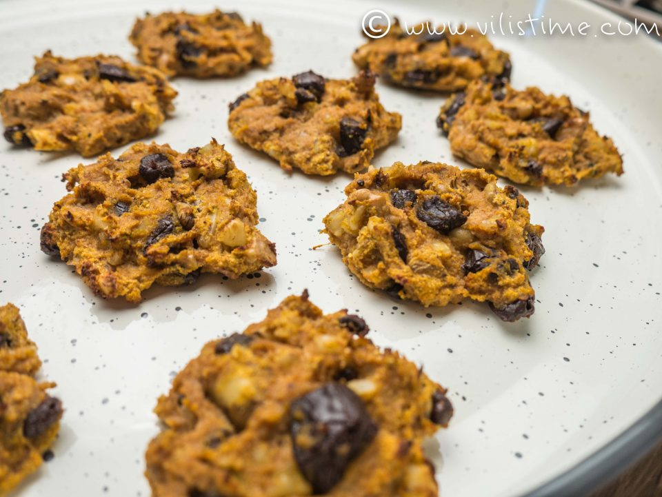 Бързи бисквитки от тиква, кокосово брашно и канела