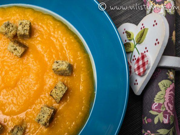 Крем супа от тиква и пащърнак
