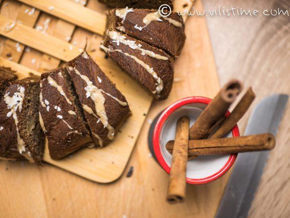Кекс с ябълки, кокосово брашно и канела