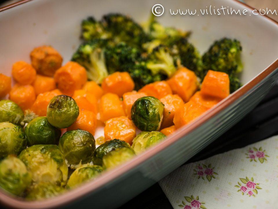 Зеленчуци на фурна с много масло и чесън