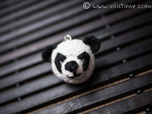 """Ръчно изплетен ключодържател """"Панда"""""""