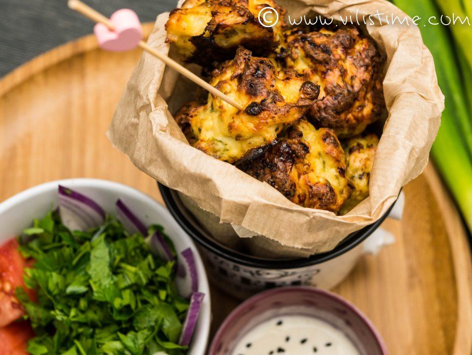 Пилешки кюфтенца с горчица и топено сирене