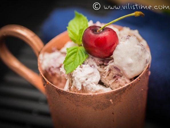 Домашен сладолед без млечни с череши и ванилия