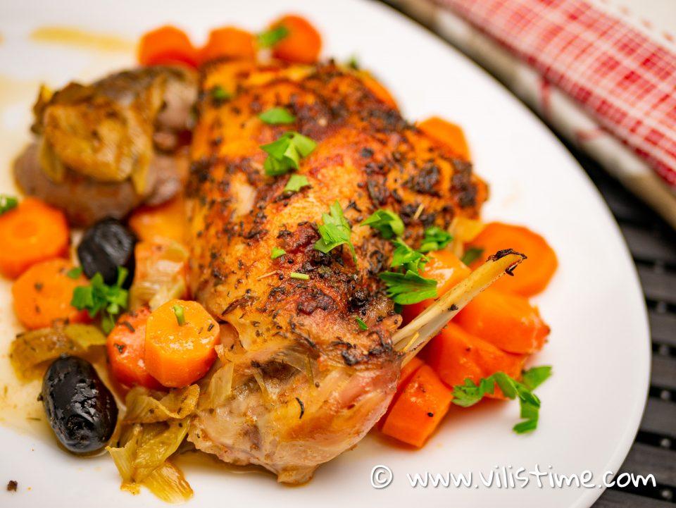 Заек с моркови, бяло вино и праз лук