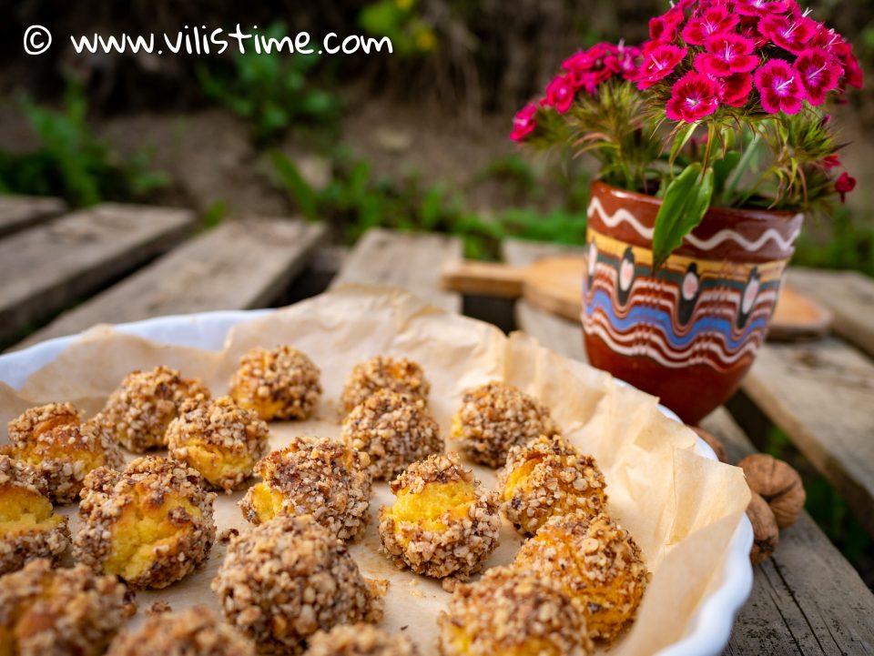 Кето таралежки с орехи и масло